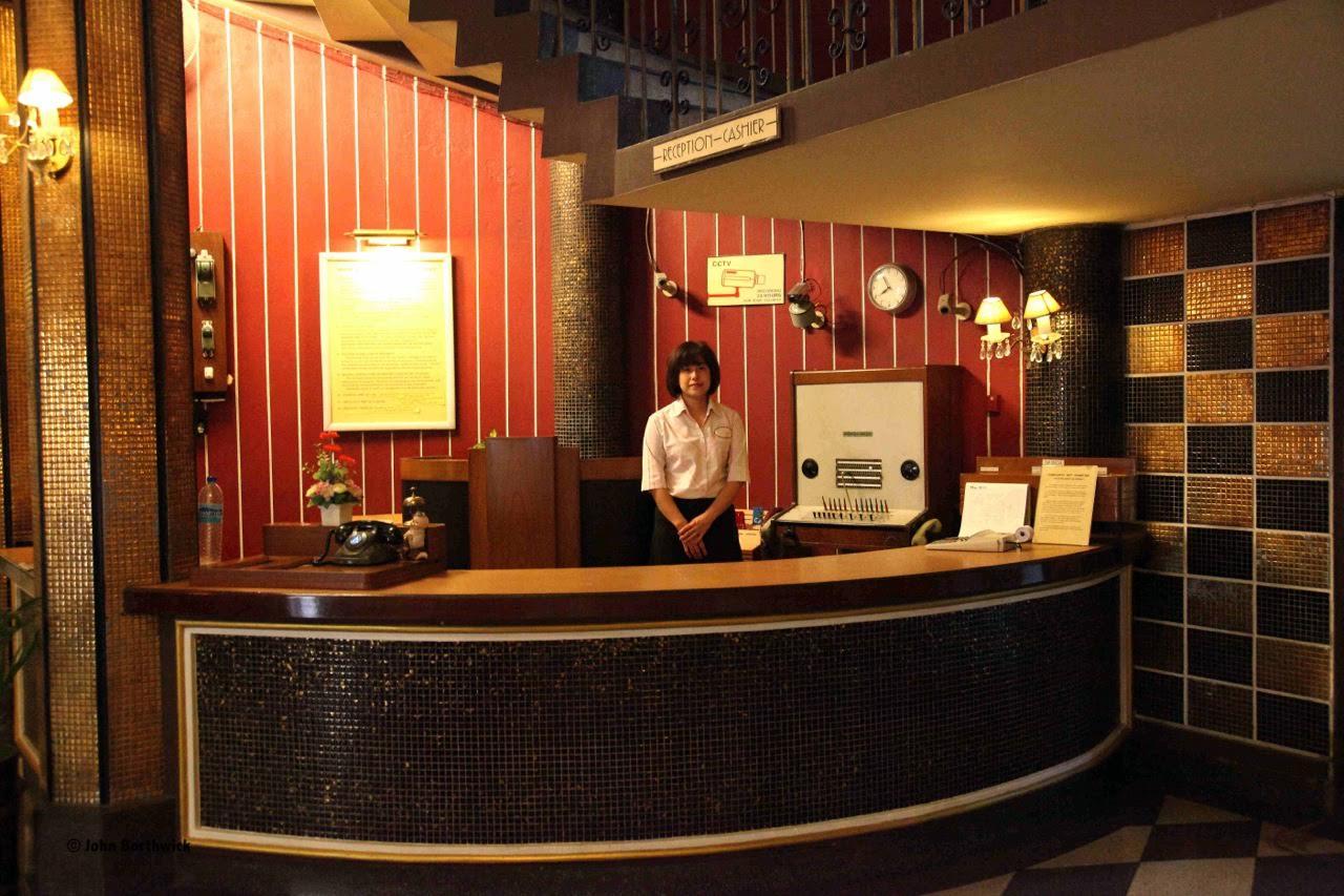 Atlanta Lobby, 6 historic Bangkok hotels