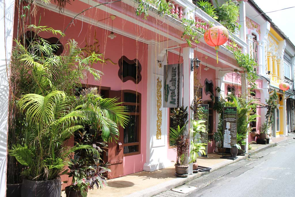 What to do in phuket when it rains: Old Phuket Town