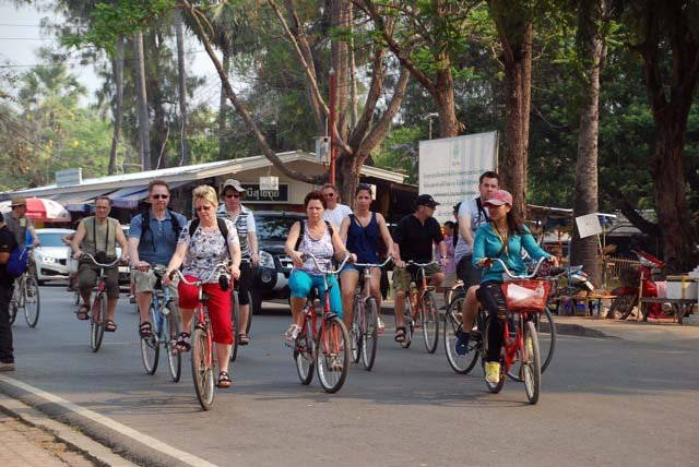 Cycling tour of Sukhothai
