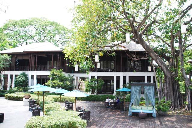 The gardens, 137 Pillars House, Chiang Mai