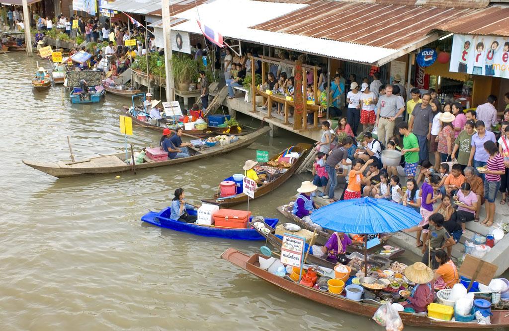 Amphawa Floating Market  Samut Songkhram