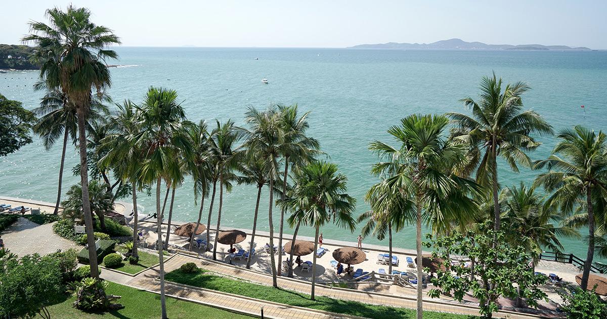 pattaya-royal-cliff-resort-thailand-1079838077
