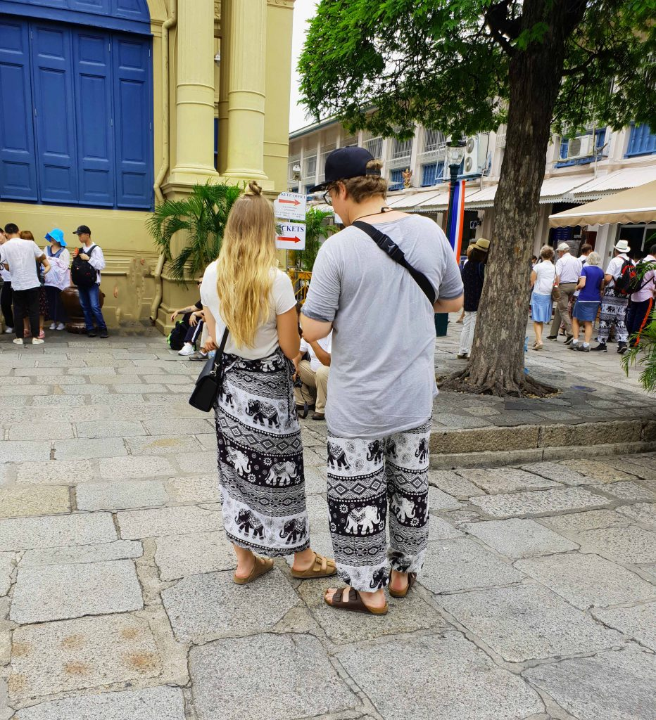 Couple-with-matching-skirt-and-yoga-pants