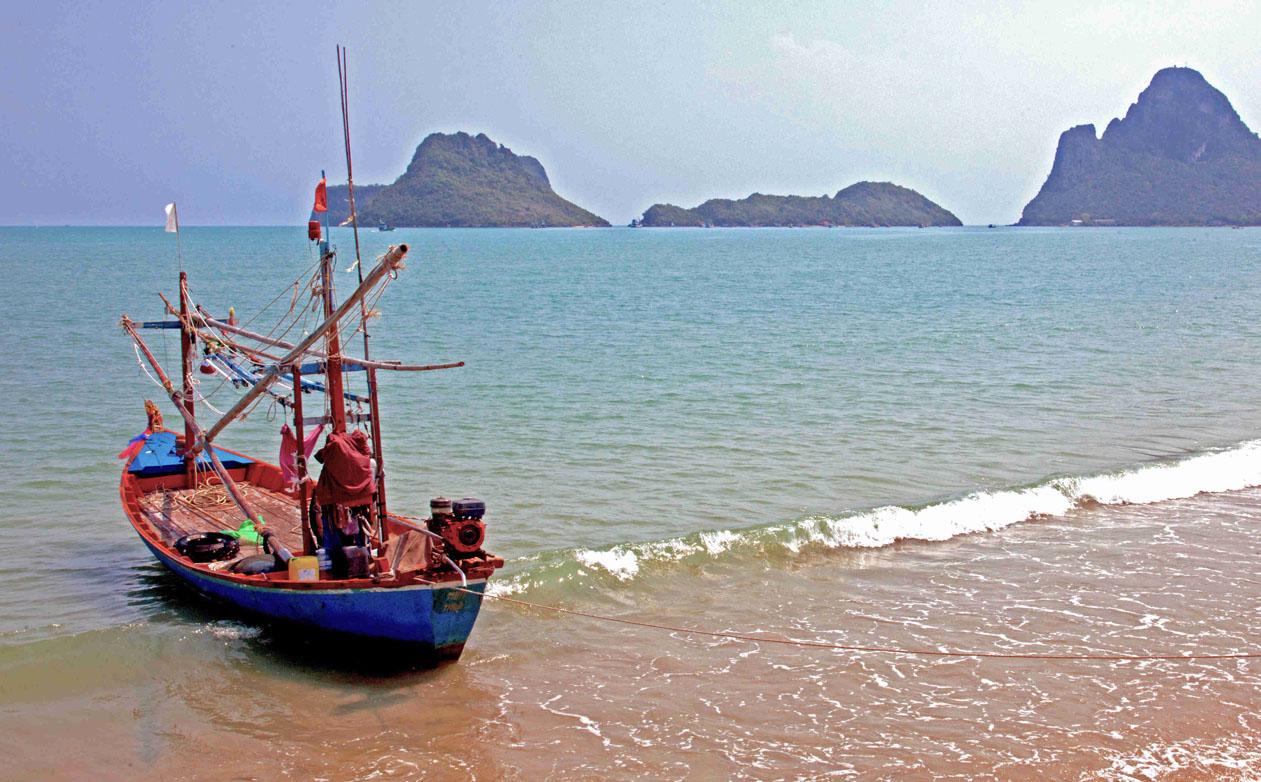 Thai fishing boat, Prachuap Bay