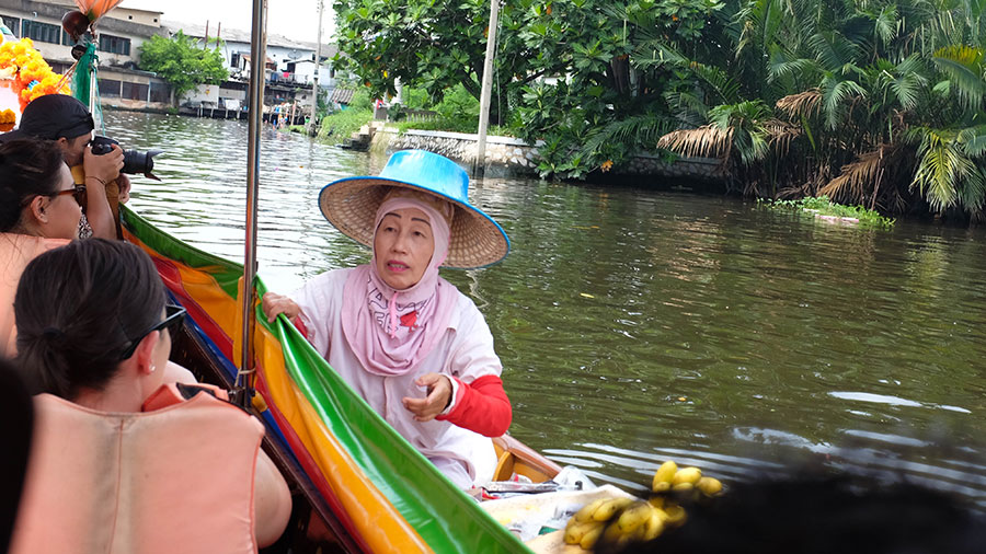 Discover another side to Bangkok on a Bangkok canal Tour Bangkok_longboat