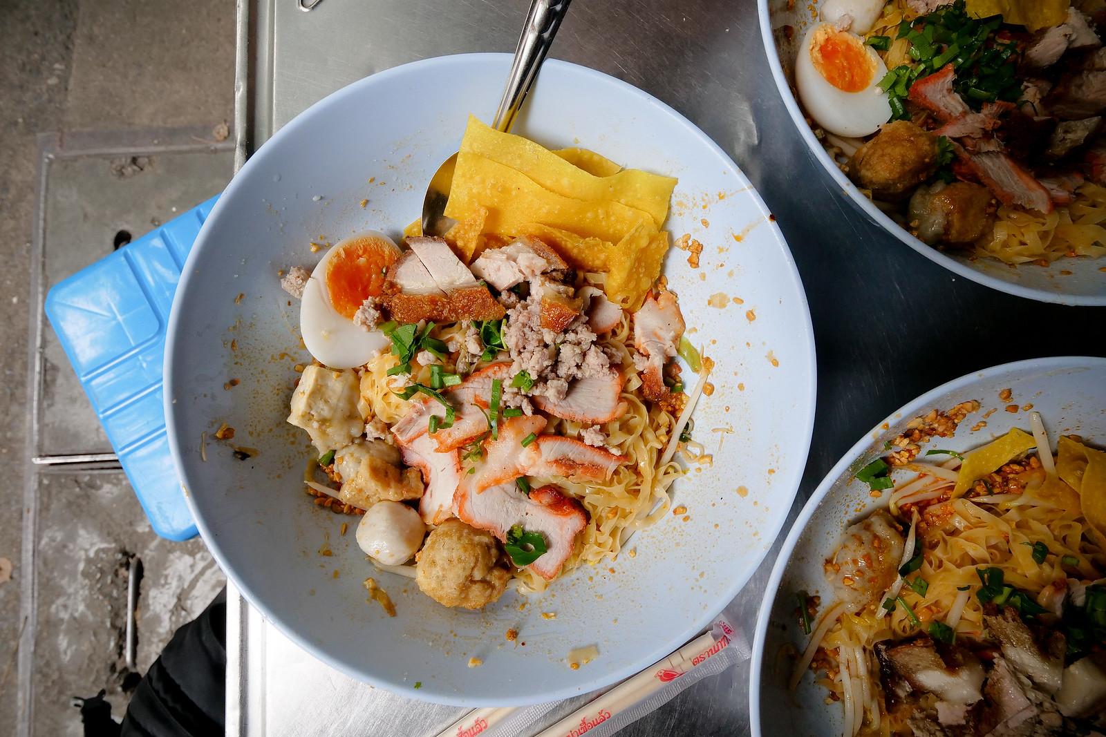 Mark Weins Best Thai Restaurants Bangkok Kuay Teow Khae street-noodles-silom