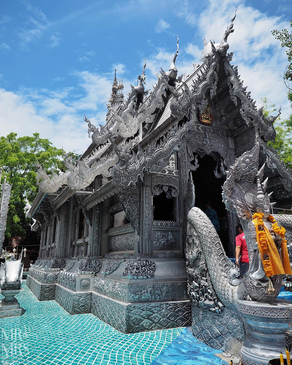 Weekly-Edition-Thailand-17-Wat-Srisuphan-silver-temple