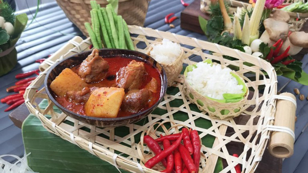 Amazing-Thai-Taste-Festival-2018-Massaman-curry-resize