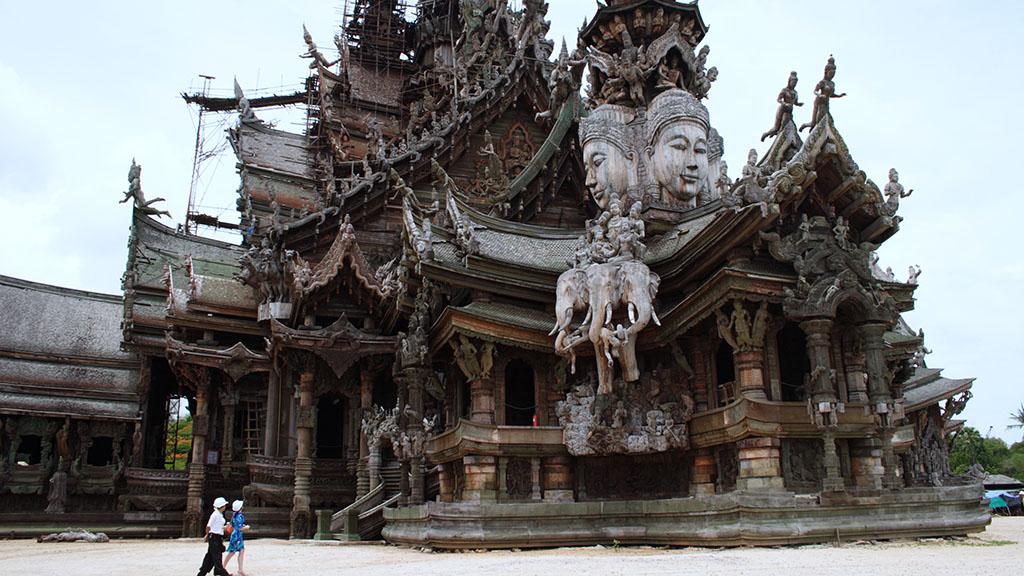 Sanctuary of Truth, teak temple, Pattaya, Copyright John Borthwick