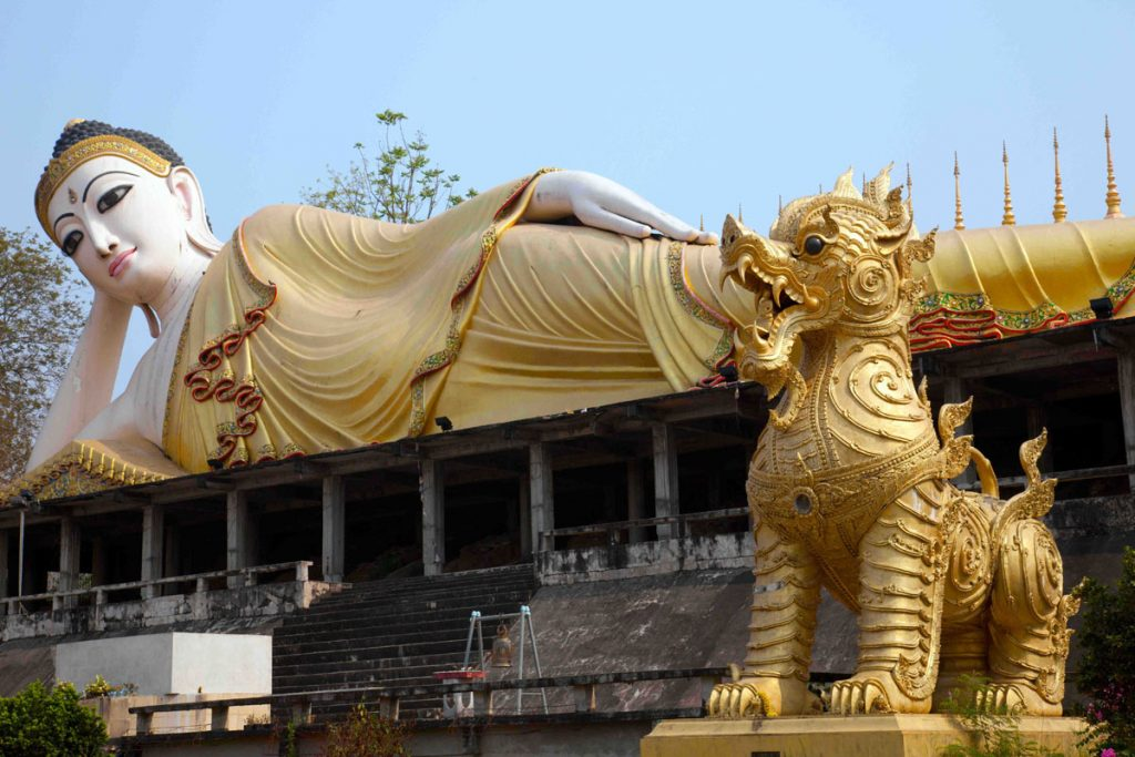 Wat-Phra-That-Su-Thon-Mongkhon-Khiri-Samakkhi-Tham-Den-Chai-credit-John-Borthwick